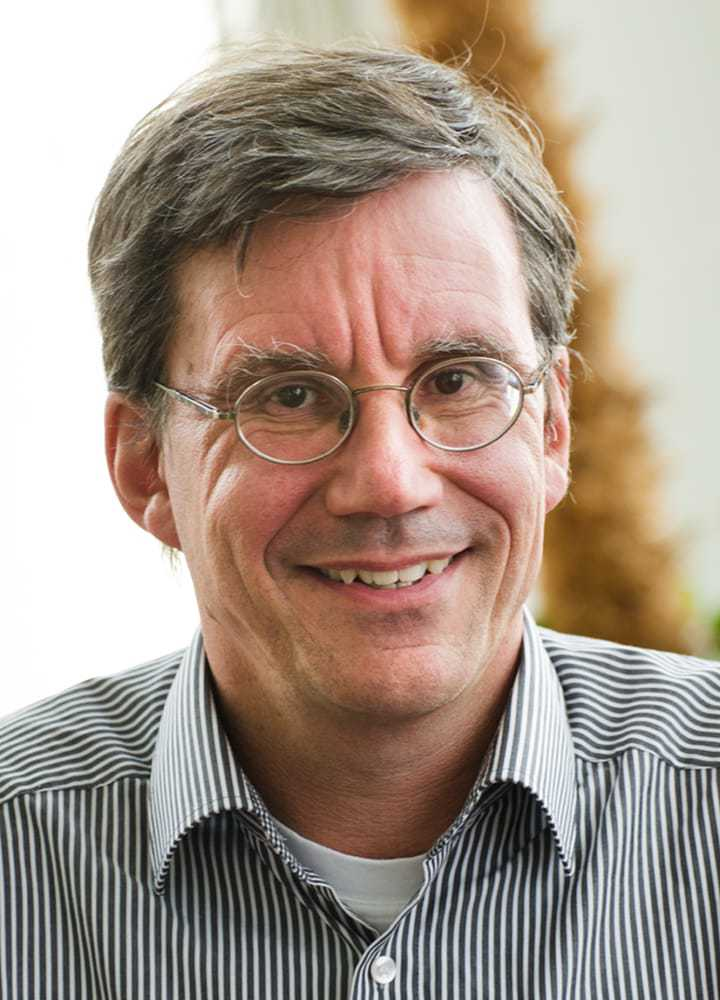 Portrait Dr. Uwe Peters